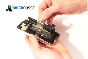 Remplacement Batterie iPhone 4S Etape 8.