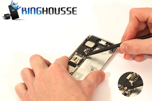 Remplacement Bouton Home iPhone 5 étape 24.